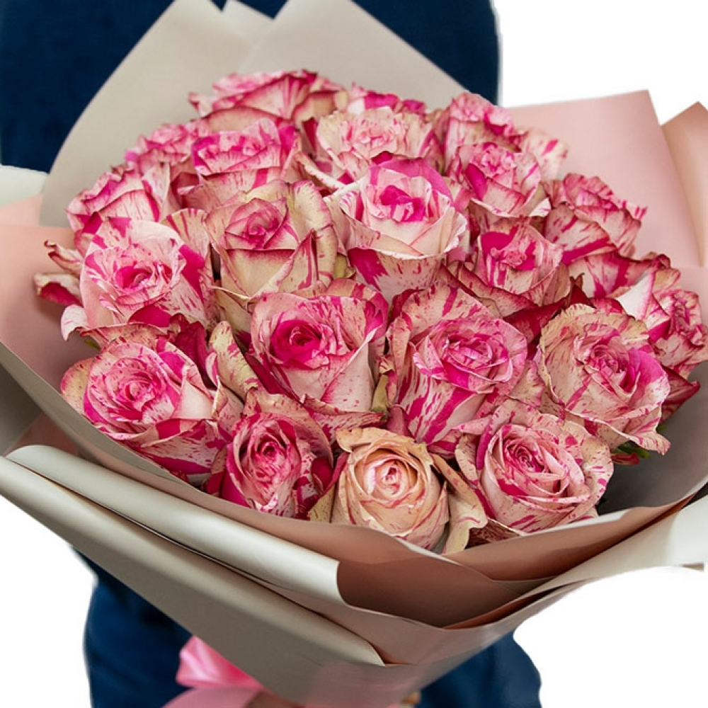 Розовая роза Magic Times