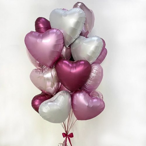 Набор из шариков сердечки розовый