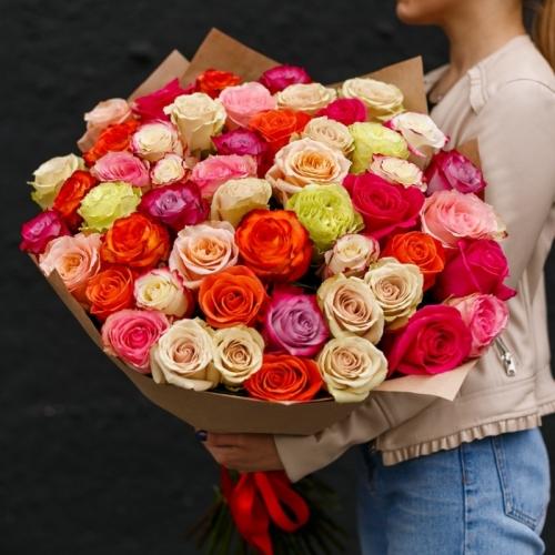 51 роза разного цвета 60-70см