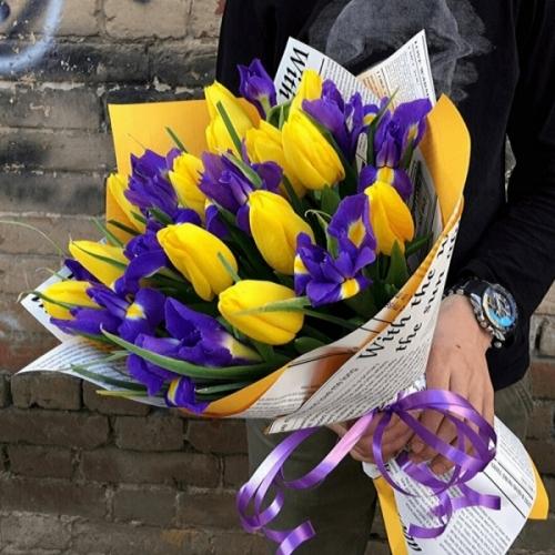 250 Желтые тюльпаны и ирисы